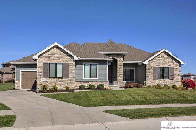 20814 Frances Circle, Omaha, NE 68022 (MLS #22025728) :: Complete Real Estate Group