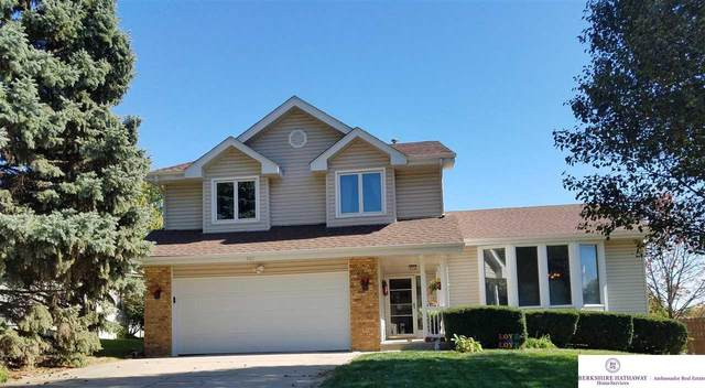 907 Sterling Drive, Papillion, NE 68046 (MLS #22025765) :: Cindy Andrew Group