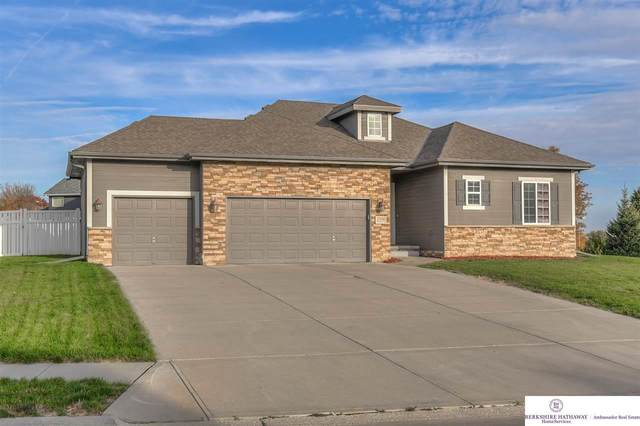 17056 Spencer Street, Omaha, NE 68116 (MLS #22025779) :: Cindy Andrew Group