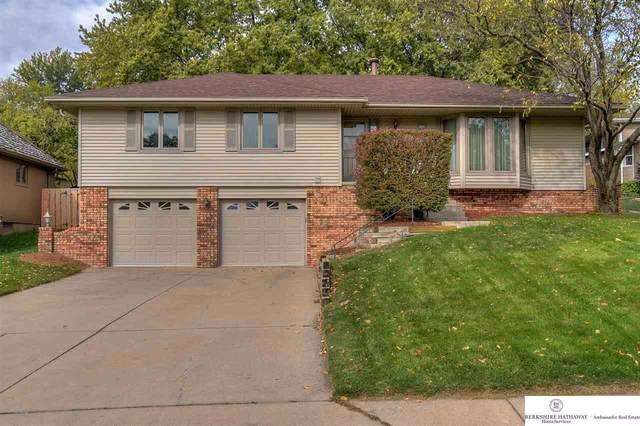 2212 S 152 Street, Omaha, NE 68144 (MLS #22025786) :: Cindy Andrew Group