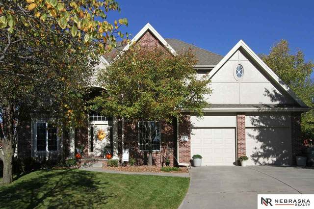 7630 Cross Creek Circle, Lincoln, NE 68516 (MLS #22025852) :: The Briley Team