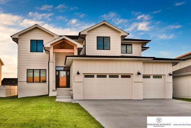 18509 Summit Drive, Omaha, NE 68136 (MLS #22025919) :: Cindy Andrew Group