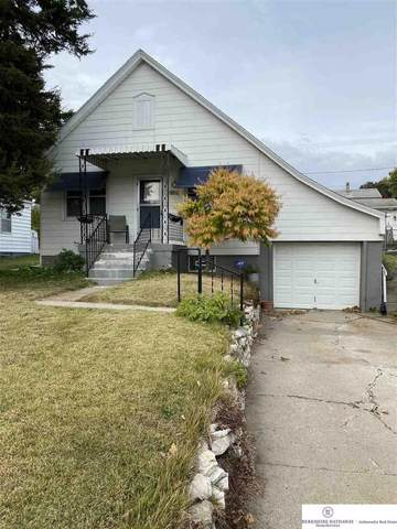 4924 Walnut Street, Omaha, NE 68106 (MLS #22025924) :: Omaha Real Estate Group