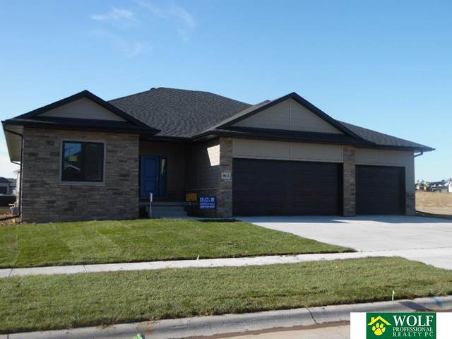 9611 S 34 Street, Lincoln, NE 68516 (MLS #22025933) :: Dodge County Realty Group
