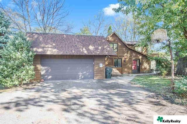 3225 Oakridge Road, Omaha, NE 68112 (MLS #22026067) :: Cindy Andrew Group