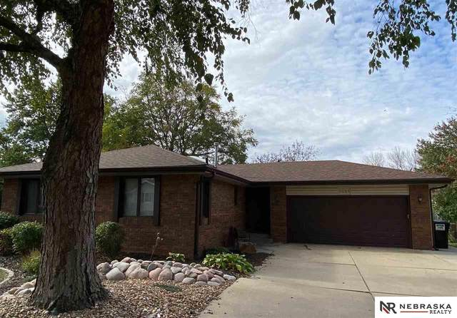 5621 Buffalo Circle, Lincoln, NE 68516 (MLS #22026083) :: Cindy Andrew Group