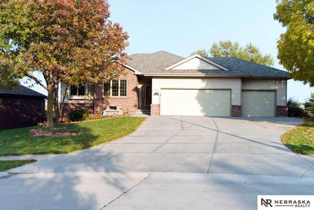 1733 N 169th Street, Omaha, NE 68118 (MLS #22026106) :: Catalyst Real Estate Group