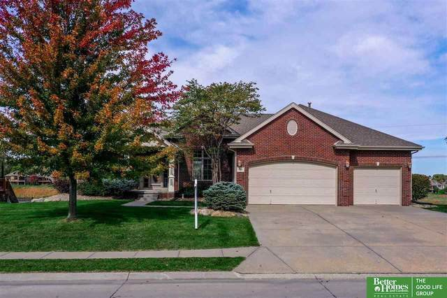 7946 Legacy Street, Papillion, NE 68046 (MLS #22026122) :: Omaha Real Estate Group