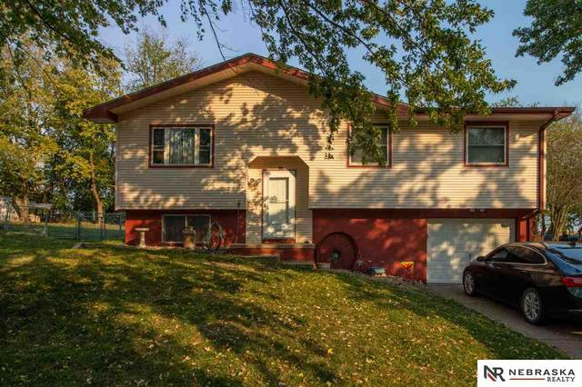 510 Conestoga Avenue, Hickman, NE 68372 (MLS #22026123) :: Omaha Real Estate Group