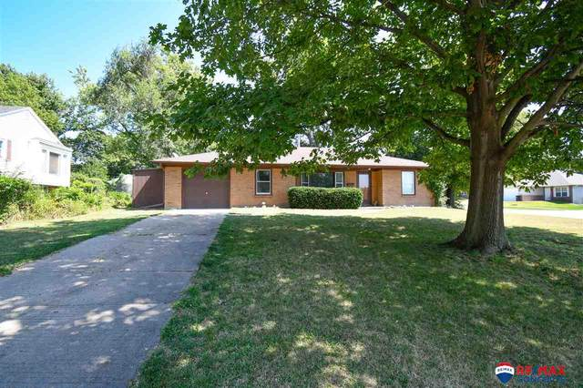 1200 N 10 Street, Beatrice, NE 68310 (MLS #22026126) :: One80 Group/Berkshire Hathaway HomeServices Ambassador Real Estate