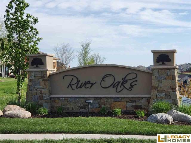 18456 Redwood Street, Omaha, NE 68136 (MLS #22026132) :: Omaha Real Estate Group