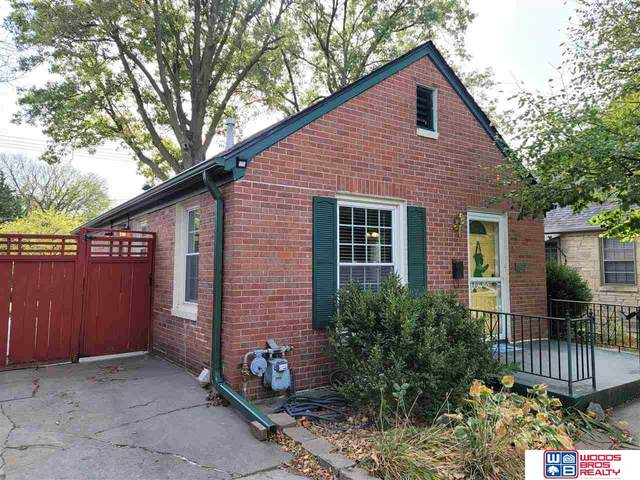3617 B Street, Lincoln, NE 68510 (MLS #22026156) :: Catalyst Real Estate Group