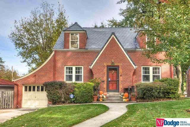 1821 N 53 Street, Omaha, NE 68104 (MLS #22026186) :: One80 Group/Berkshire Hathaway HomeServices Ambassador Real Estate