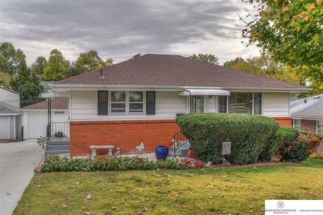 3915 Madison Street, Omaha, NE 68107 (MLS #22026220) :: Omaha Real Estate Group