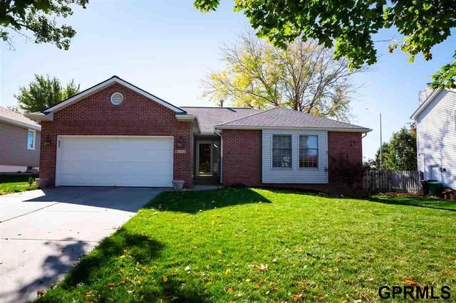 5111 Elk Ridge Road, Lincoln, NE 68516 (MLS #22026226) :: Omaha Real Estate Group