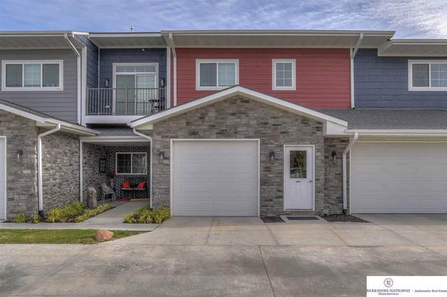 5933 N 158 Court #308, Omaha, NE 68116 (MLS #22026246) :: Capital City Realty Group