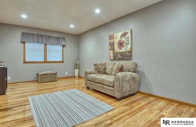 9740 Grand Avenue, Omaha, NE 68022 (MLS #22026249) :: Omaha Real Estate Group