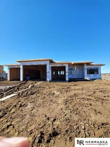 517 Waterside Way, Lincoln, NE 68527 (MLS #22026257) :: The Homefront Team at Nebraska Realty