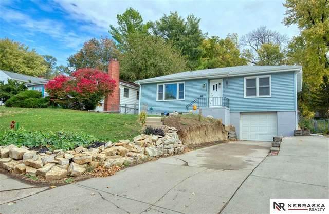1711 N 56th Street, Omaha, NE 68104 (MLS #22026273) :: One80 Group/Berkshire Hathaway HomeServices Ambassador Real Estate