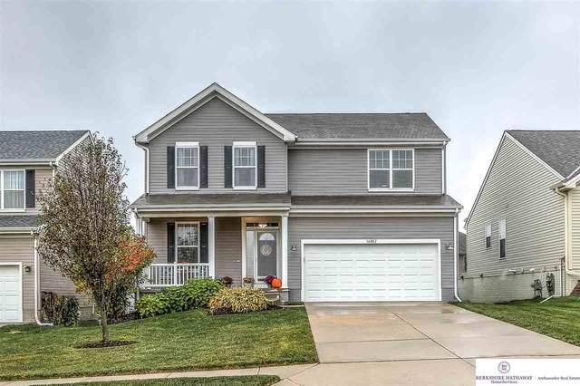 14957 Grebe Street, Bennington, NE 68007 (MLS #22026389) :: Lincoln Select Real Estate Group