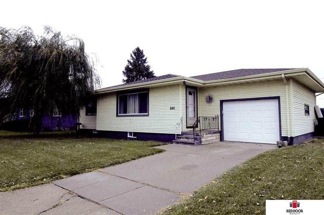 240 S Howard Street, Fremont, NE 68025 (MLS #22026400) :: Stuart & Associates Real Estate Group
