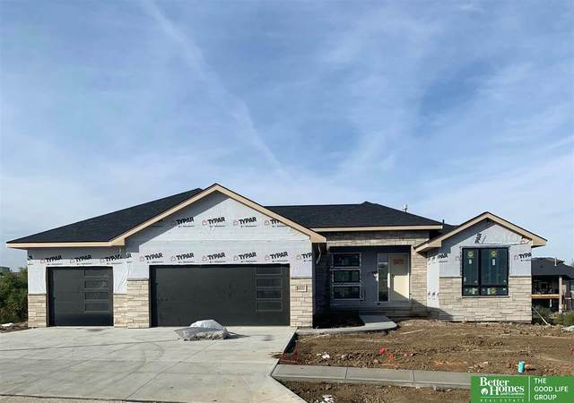 18332 Cheyenne Road, Omaha, NE 68136 (MLS #22026420) :: Capital City Realty Group