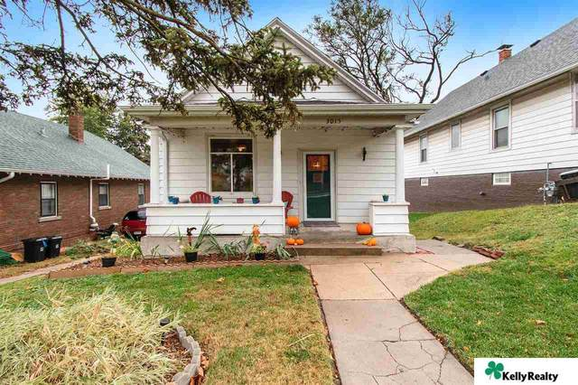 3015 Castelar Street, Omaha, NE 68105 (MLS #22026447) :: Capital City Realty Group