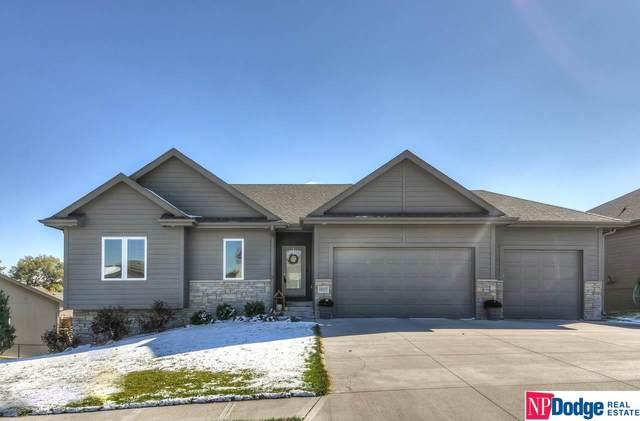 19007 Lake Street, Omaha, NE 68022 (MLS #22026490) :: One80 Group/Berkshire Hathaway HomeServices Ambassador Real Estate