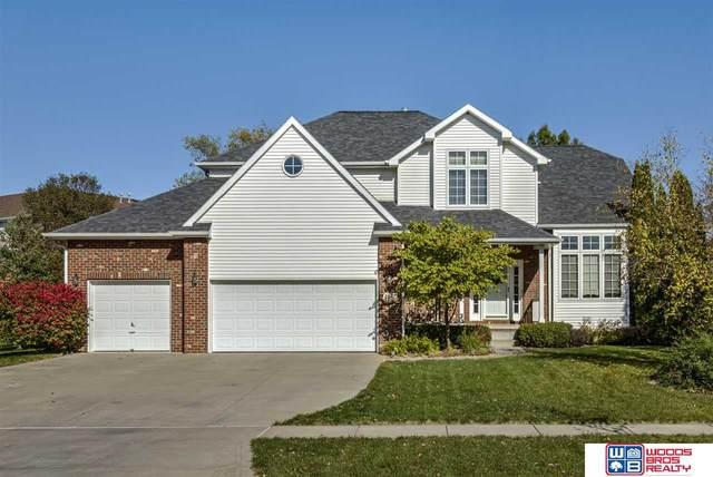 5920 Arrowwood Road, Lincoln, NE 68516 (MLS #22026496) :: kwELITE