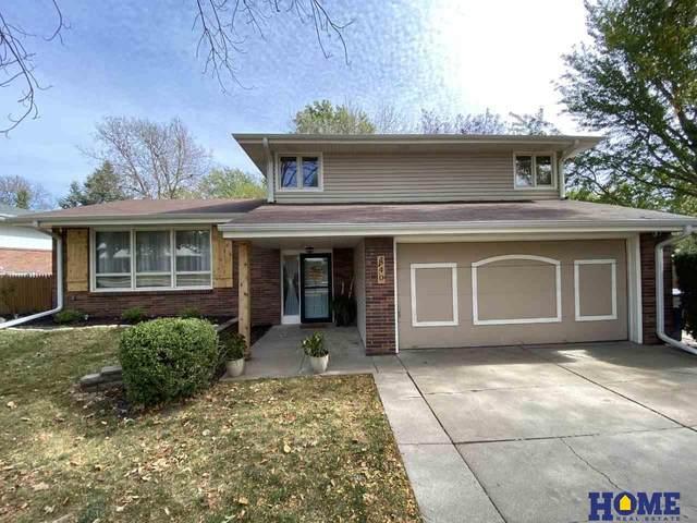 840 Cottonwood Drive, Lincoln, NE 68510 (MLS #22026527) :: kwELITE