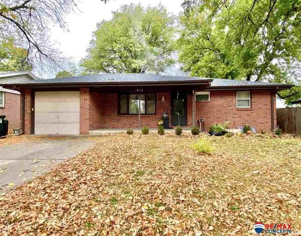 7442 Holdrege Street, Lincoln, NE 68505 (MLS #22026594) :: Omaha Real Estate Group
