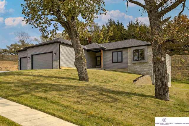 908 Southridge Drive, Louisville, NE 68037 (MLS #22026628) :: kwELITE