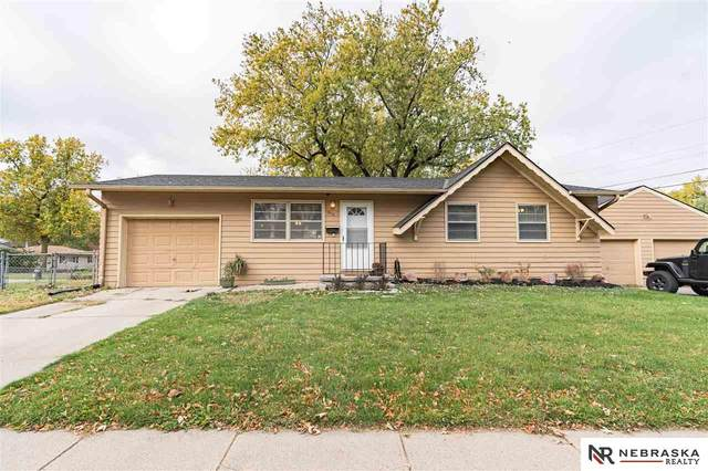 5110 N 60th Avenue, Omaha, NE 68104 (MLS #22026680) :: The Briley Team