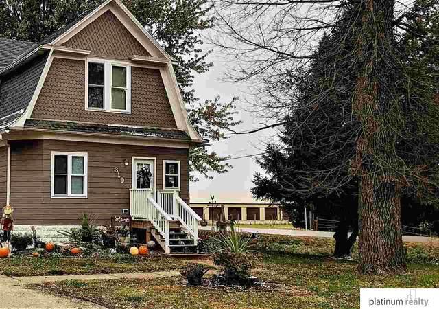 319 W Elm Street, Cedar Bluffs, NE 68015 (MLS #22026836) :: Cindy Andrew Group