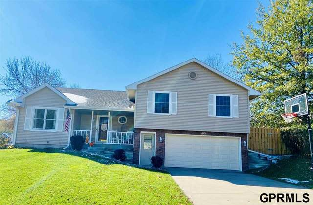 405 Stagecoach Avenue, Hickman, NE 68372 (MLS #22026843) :: Dodge County Realty Group