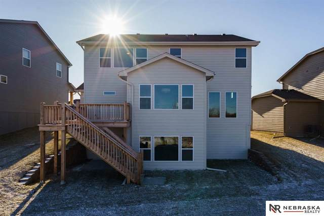 21390 Blaine Street, Elkhorn, NE 68022 (MLS #22026910) :: Cindy Andrew Group