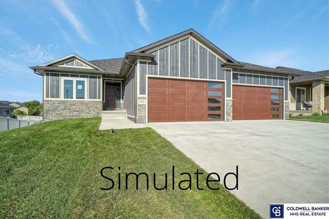 7527 S 79 Street, Lincoln, NE 68516 (MLS #22026952) :: Dodge County Realty Group