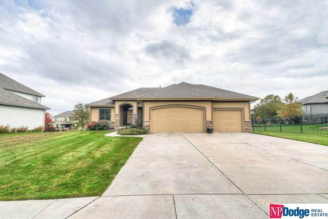 12721 S 81st Street, Papillion, NE 68046 (MLS #22026965) :: Dodge County Realty Group