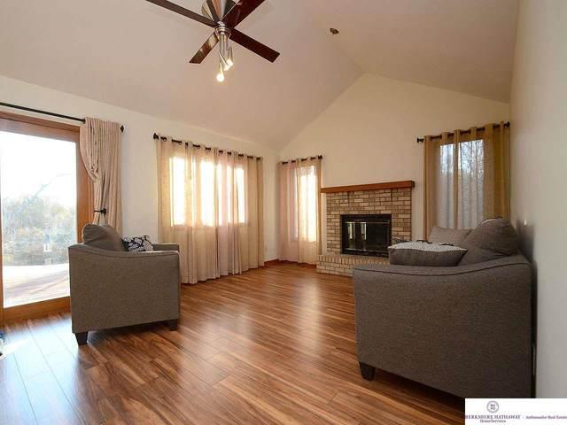 19911 Robinhood Lane #118, Plattsmouth, NE 68048 (MLS #22026977) :: One80 Group/Berkshire Hathaway HomeServices Ambassador Real Estate