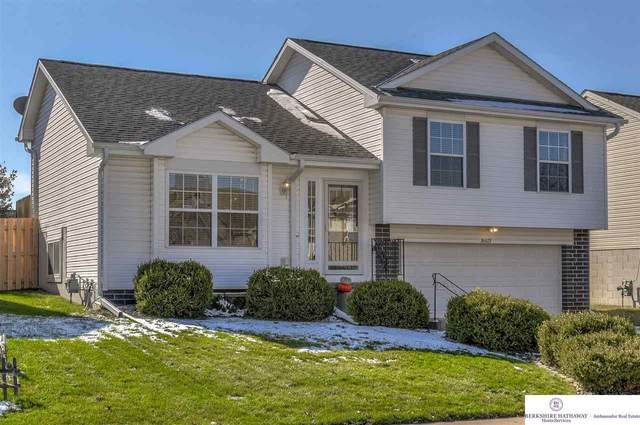 16621 Erskine Street, Omaha, NE 68116 (MLS #22026984) :: One80 Group/Berkshire Hathaway HomeServices Ambassador Real Estate