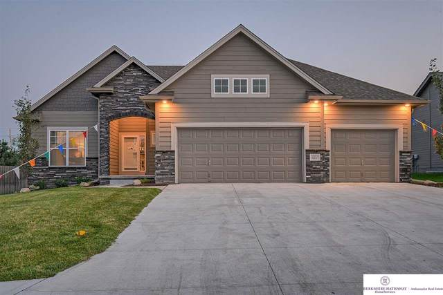 20015 Polk Street, Omaha, NE 68135 (MLS #22027001) :: Cindy Andrew Group
