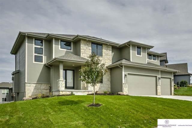 7725 N 166 Street, Omaha, NE 68007 (MLS #22027022) :: Catalyst Real Estate Group
