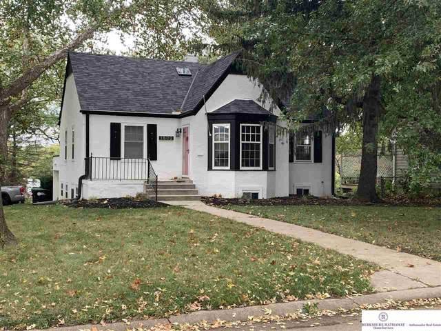 1602 N 53 Street, Omaha, NE 68104 (MLS #22027056) :: kwELITE