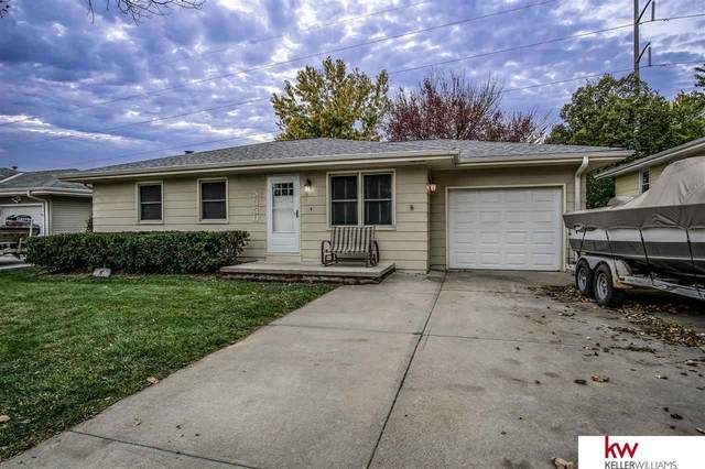5330 S 114 Street, Omaha, NE 68137 (MLS #22027114) :: Cindy Andrew Group