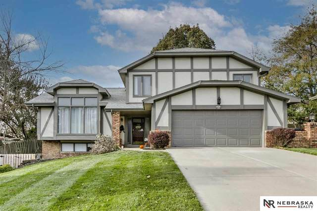 15678 Marcy Street, Omaha, NE 68118 (MLS #22027115) :: Cindy Andrew Group