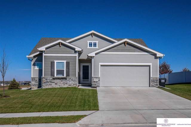 10718 Laramie Street, Papillion, NE 68046 (MLS #22027163) :: One80 Group/Berkshire Hathaway HomeServices Ambassador Real Estate