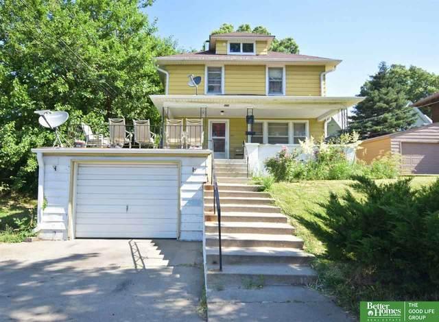 2612 C Street, Omaha, NE 68107 (MLS #22027234) :: Stuart & Associates Real Estate Group