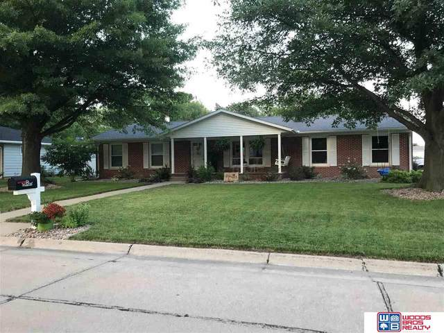 1304 N Michigan Avenue, York, NE 68467 (MLS #22027237) :: Omaha Real Estate Group