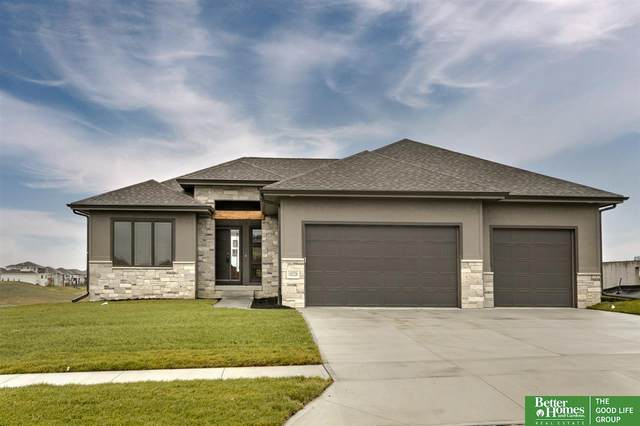 10228 Osprey Lane, Papillion, NE 68046 (MLS #22027255) :: Lincoln Select Real Estate Group