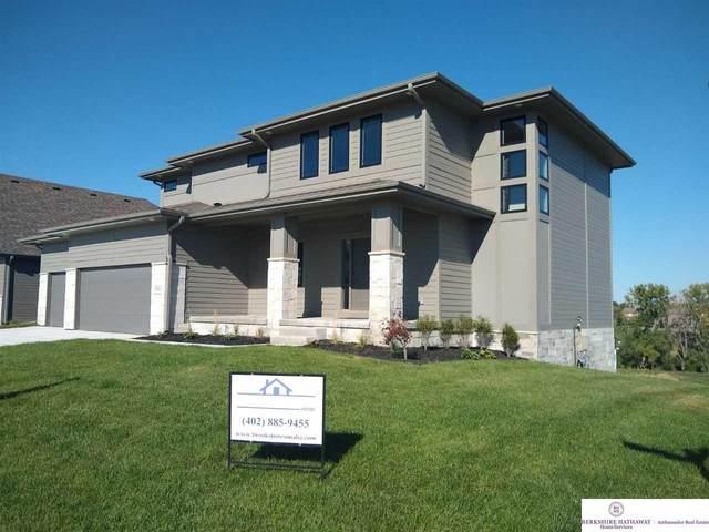 8001 N 167th Avenue, Bennington, NE 68007 (MLS #22027484) :: Catalyst Real Estate Group